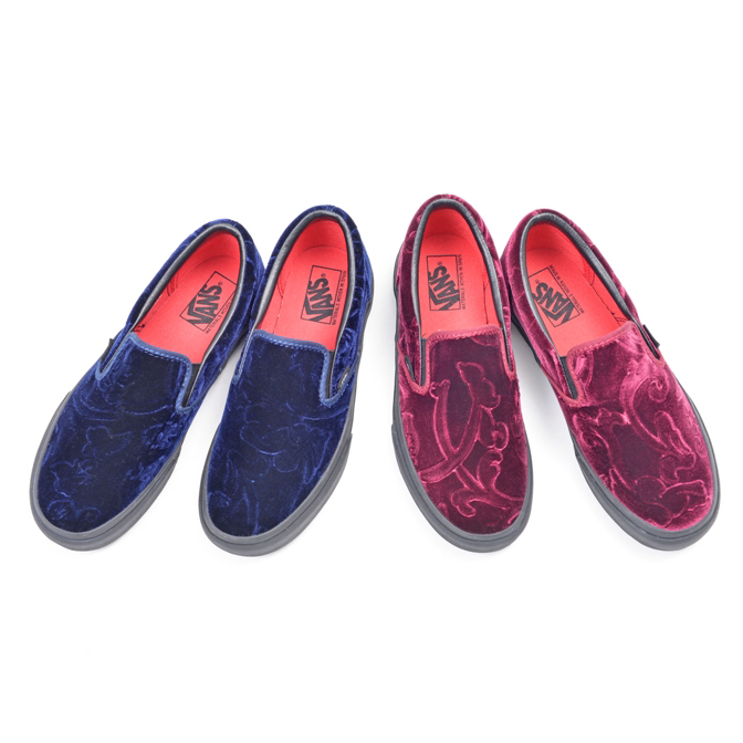 VANS VELOURS SLIP ON